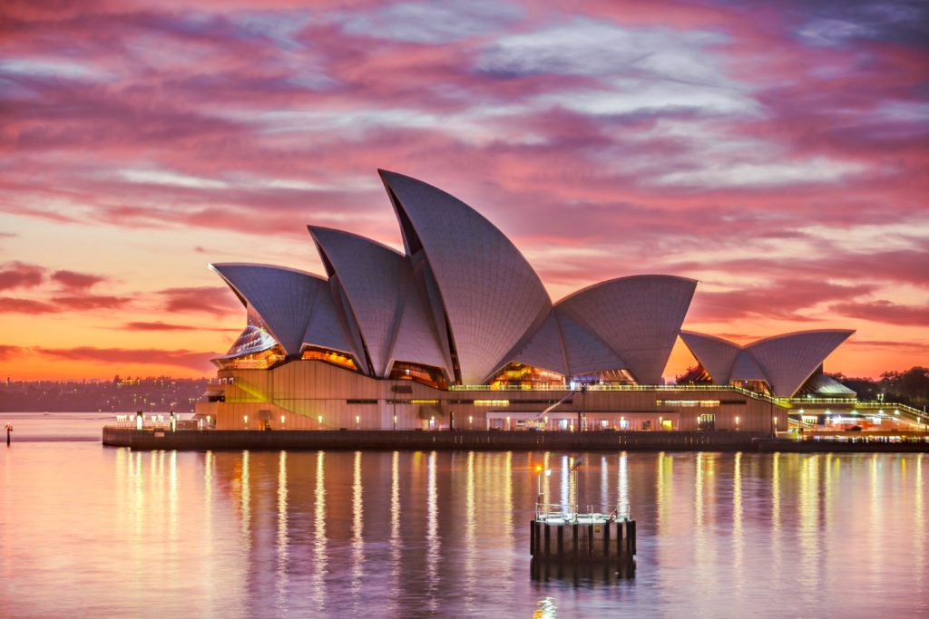 Migrate to Australia as Registered Nurse Perioperative 254423